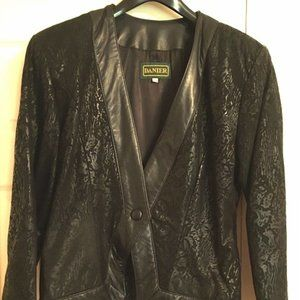NEW PRICE!! Women's Danier Leather Spring Jacket